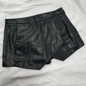 ZARA faux leather Skort